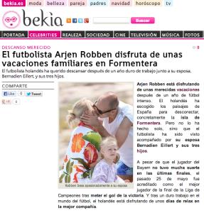 El matrimonio Robben y sus tres hijos han escogido Formentera para pasar sus vacaciones de verano.