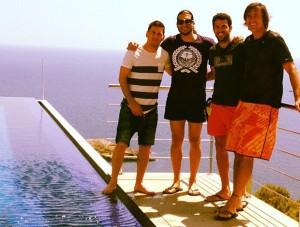 Leo Messi, junto a Pinto, Cesc Fábregas y Pep Moix en Eivissa.