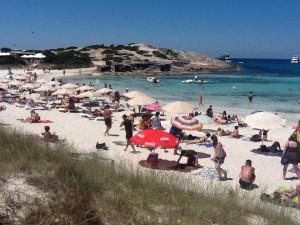 El Consell de Formentera se ha puesto en marcha para prevenir la masificación que sufre este enclave en los meses de temporada alta.  Foto: PyP