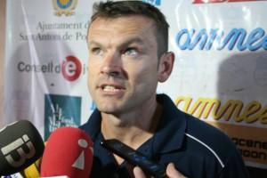 Álex Arabí, segundo entrenador del San Rafael, atendió a los medios de comunicación tras el partido.