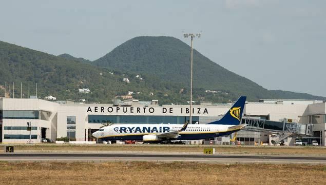 Aeroporto Ibiza : El aeropuerto de ibiza incrementa un número