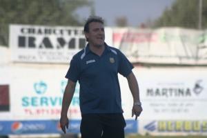 Mario Ormaechea, entrenador de la Peña Deportiva, durante el partido de este domingo ante el Alcúdia.