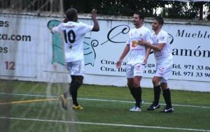 Los jugadores de la Peña celebran un gol en un partido de Liga