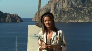La actriz ibicenca Tita Planells es la conductora de este documental.