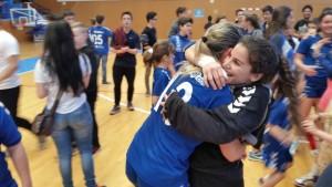 Ana Ferrer y Ana Muñoz se funden en un abrazo al término delencuentro