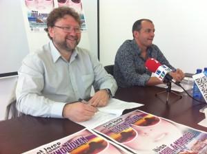 El concejal de Turismo, Vicent Torres, junto al representante de Viajes Marazul, José María Costa