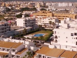 La temporada turística en las Pitiüses ha experimentado un arranque excelente y todos los municipios se han beneficiado de una mayor afluencia turística. Foto: V. R.