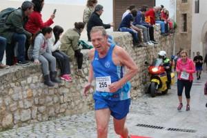 El atleta Hans Jürgen Salewski, un habitual de las pruebas deportivas de Eivissa, recibirá un merecido homenaje en esta Mini-Maratón.
