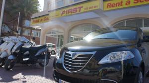 Una empresa de alquiler de coches y motos con sedes en Ibiza y Formentera.