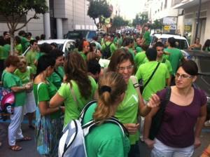 Imatge de la concentracio d'avui davant la delegació de la Conselleria d'Educació. Fotos: D.V.