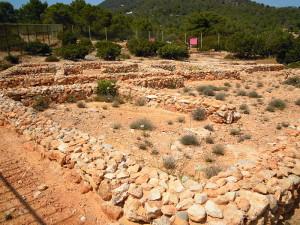 L'àrea arqueològica de sa Caleta. Foto: Wikipedia.