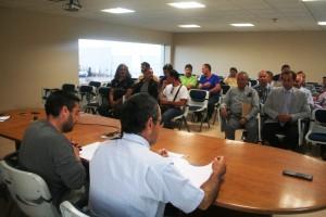Un momento de la primera reunión de la nueva asociación de taxistas de la Isla.