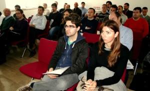 En la imagen, los asistentes al evento