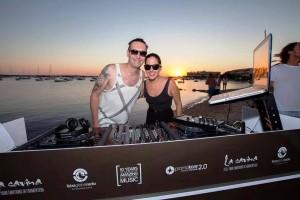 Andrew Grant y Anna Tur, los DJ's encargados de poner la música a Sunset Emotions el pasado sábado.