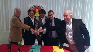 Los directivos del CD Ibiza y los responsables del grupo italiano aúnan fuerzas. Fotos: C. V.