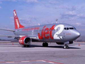 La aerolínea Jet2.com prohibió este martes embarcar a ocho británicos.