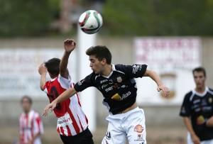 La Peña se impuso en el derbi ibicenco de juveniles ante el Atlético Jesús. Foto: Paco Natera