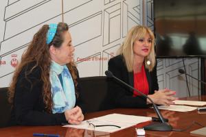 Viviana de Sans y Marta Díaz, en rueda de prensa.