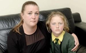 Michelle Smith junto a su hija Amelia. Foto: Telegraph