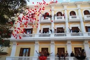 Los modelos posan en los balcones y fachada del Gran Hotel Montesol. Fotos: Paco Natera