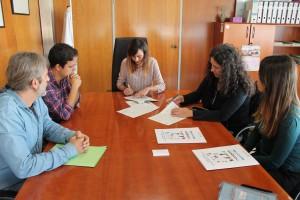 Imagen de la firma del convenio entre el Consell d'Eivissa y la Fundación Deixalles.